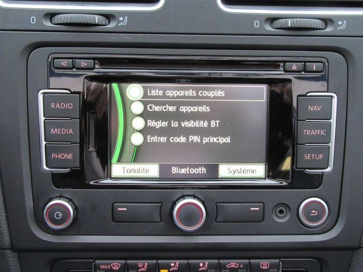 Volkswagen Golf VI CABRIOLET 1.2 TSI 105CH CARAT BLUEMOTION TECHNOLOGY Rouge Occasion - 17