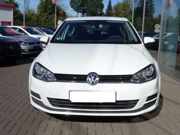 Volkswagen Golf VII 1.2 TSI 110 BLUEMOTION  CONFORTLINE 5P (09/2017) blanc - 2