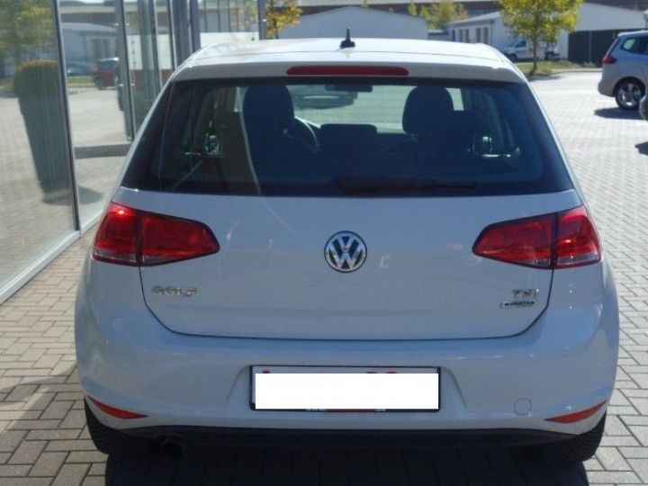 Volkswagen Golf VII 1.2 TSI 110 BLUEMOTION  CONFORTLINE 5P (09/2017) blanc - 5