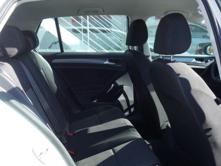 Volkswagen Golf VII 1.2 TSI 110 BLUEMOTION  CONFORTLINE 5P (09/2017) blanc - 9