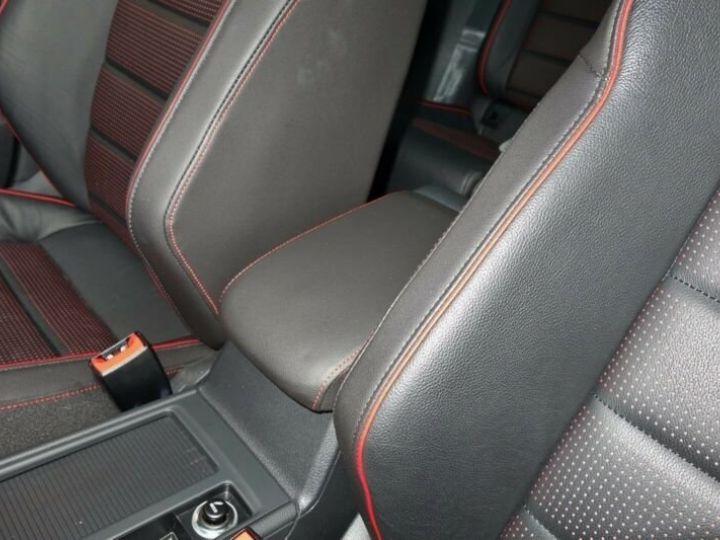 Volkswagen Golf VII 2.0 GTI PERFORMANCE 245Ch  BLANC METALISEE Occasion - 7