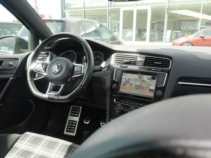Volkswagen Golf  VII 2.0 TDI 184 BLUEMOTION TECHNOLOGY GTD 5P/2016(Toit panoramique/Alcantara gris daytona métal - 10