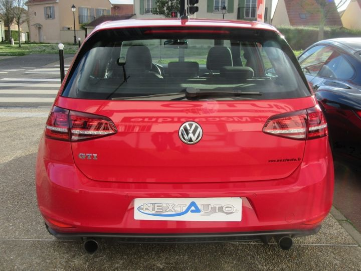 Volkswagen Golf VII GTI 2.0 TSI 220CH BLUEMOTION TECHNOLOGY DSG6 5P Rouge Occasion - 7