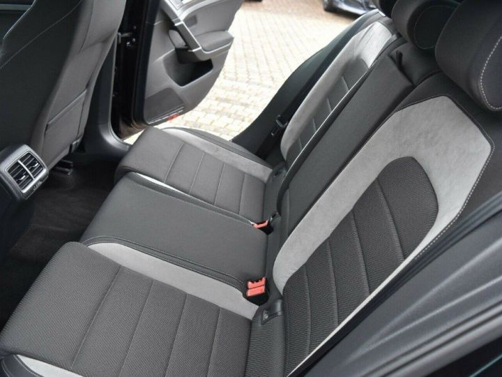 Volkswagen Golf VII Limite R 4Motion BMT ABT 370PS noir métal nacré - 10