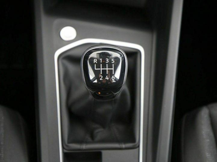 Volkswagen Golf VIII 1.5 TSI Life Business 05/2020 BV6 noir métal - 10