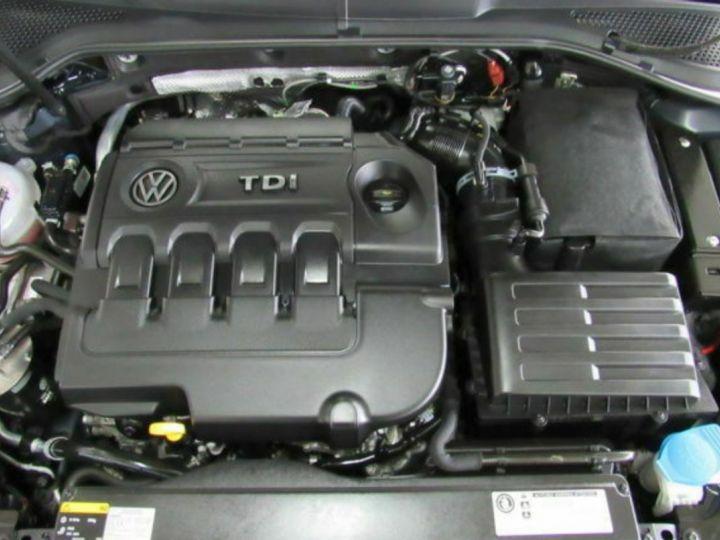 Volkswagen Golf Volkswagen Golf VII GTD 2.0 TDI BM 184 (toit pano-interieur cuir) gris daytona métal - 13