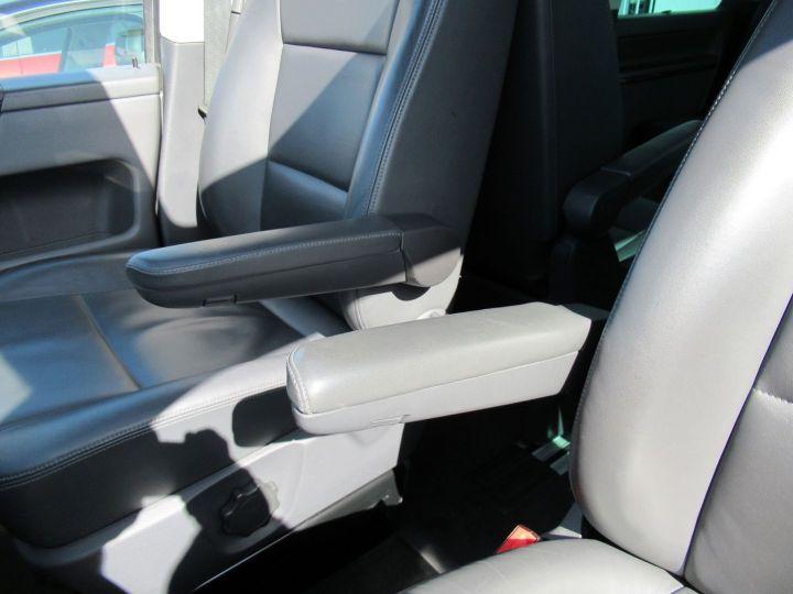 Volkswagen Multivan 2.0 TDI 180CH BLUEMOTION TECHNOLOGY HIGHLINE Gris - 19