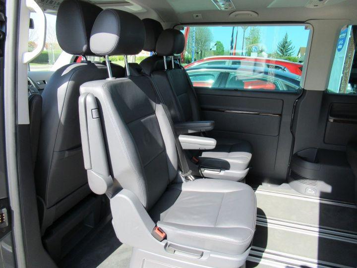 Volkswagen Multivan 2.0 TDI 180CH BLUEMOTION TECHNOLOGY HIGHLINE Gris - 20