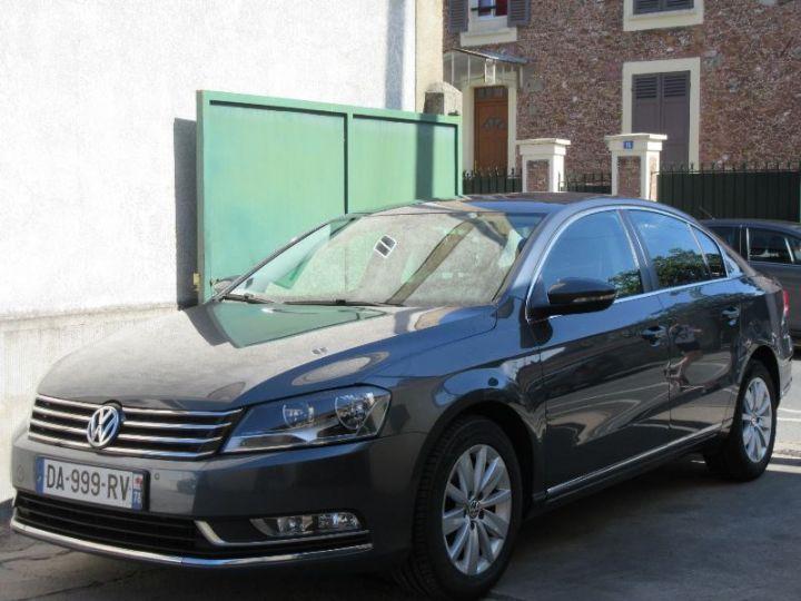 Volkswagen Passat 1.6 TDI 105CH BLUEMOTION TECHNOLOGY FAP BLUEMOTION BUSINESS GRIS FONCE Occasion - 1