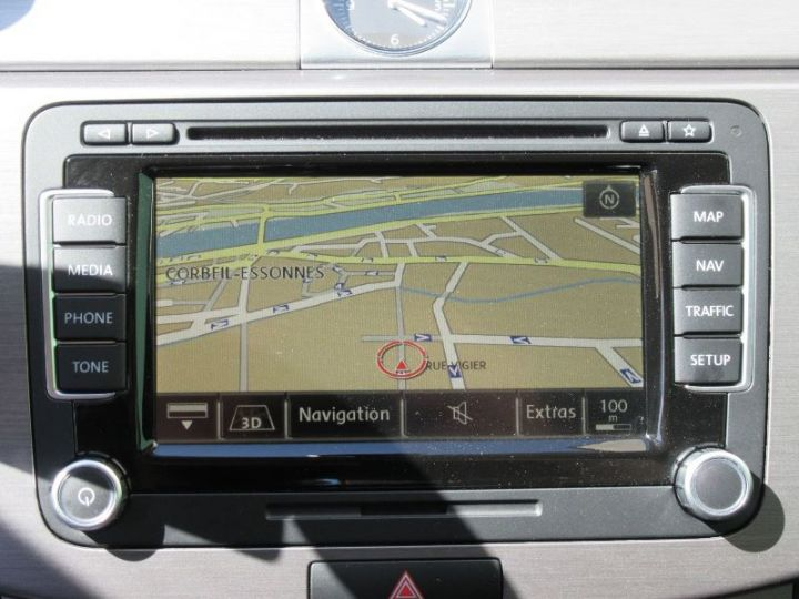 Volkswagen Passat 1.6 TDI 105CH BLUEMOTION TECHNOLOGY FAP BLUEMOTION BUSINESS GRIS FONCE Occasion - 14