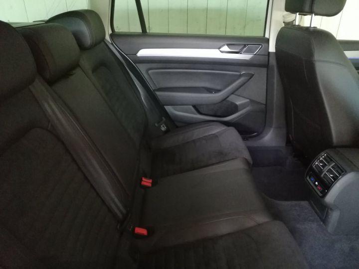 Volkswagen Passat SW 1.4 TSI 218 CV GTE DSG Blanc - 8
