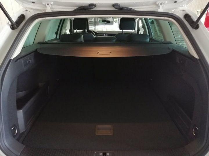 Volkswagen Passat SW 1.4 TSI 218 CV GTE DSG Blanc - 17