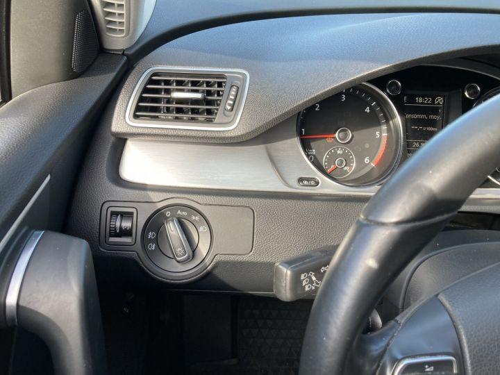 Volkswagen Passat SW 2.0 177CH BLUEMOTION TECHNOLOGY FAP CARAT 4MOTION DSG6 gris  - 13