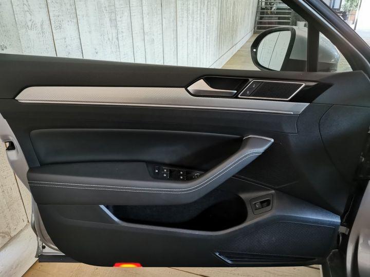 Volkswagen Passat SW 2.0 TDI 190 CV CARAT EXCLUSIVE 4MOTION DSG Gris - 8
