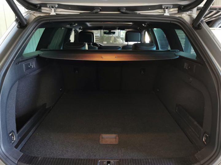 Volkswagen Passat SW 2.0 TDI 190 CV CARAT EXCLUSIVE 4MOTION DSG Gris - 10