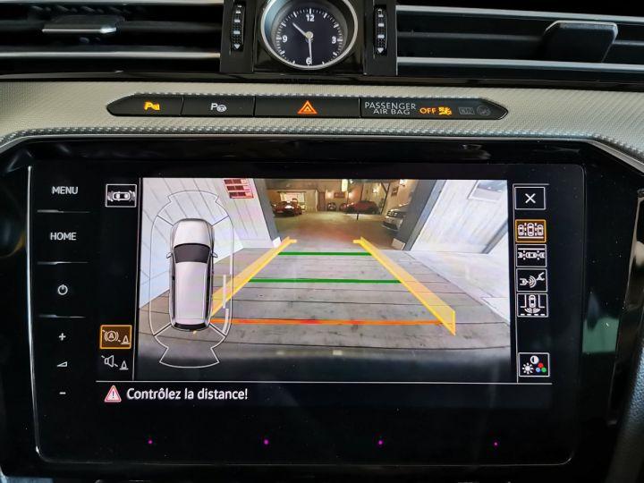 Volkswagen Passat SW 2.0 TDI 190 CV CARAT EXCLUSIVE 4MOTION DSG Gris - 13