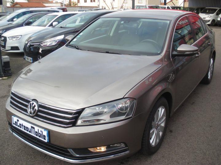Volkswagen Passat TDI 140 CV CONFORTLINE gris - 1