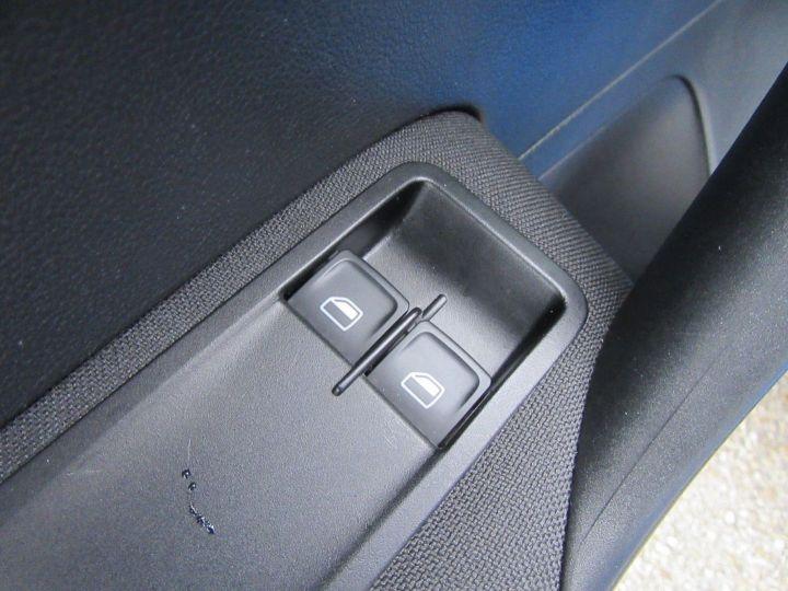 Volkswagen Polo 1.0 60CH TRENDLINE 5P Bleu - 15