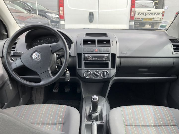 Volkswagen Polo 1.2 60CH 5P Noir - 3