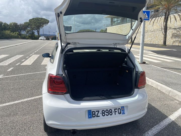 Volkswagen Polo 1.2 60CH STYLE 3P Blanc - 4