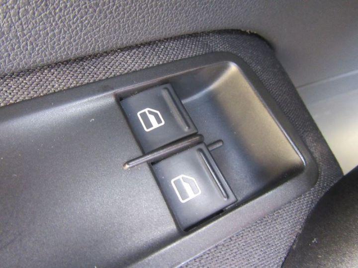 Volkswagen Polo 1.2 70CH TRENDLINE 5P NOIR Occasion - 13