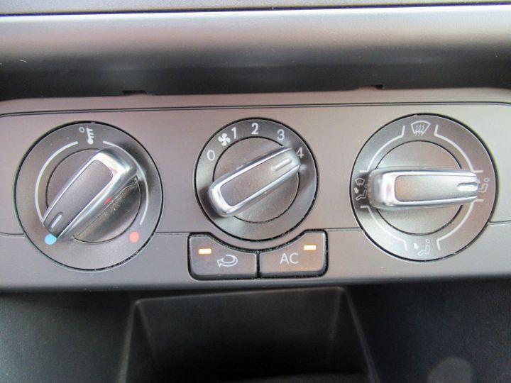 Volkswagen Polo 1.2 TSI STYLE 90CH DSG Bleu Nuit - 14