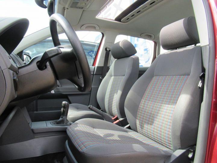 Volkswagen Polo 1.4 80CH TREND 5P Bordeau - 4