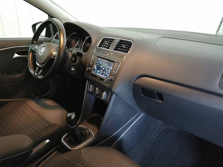 Volkswagen Polo 1.4 TDI 90 CV CONFORTLINE 5P Gris - 7