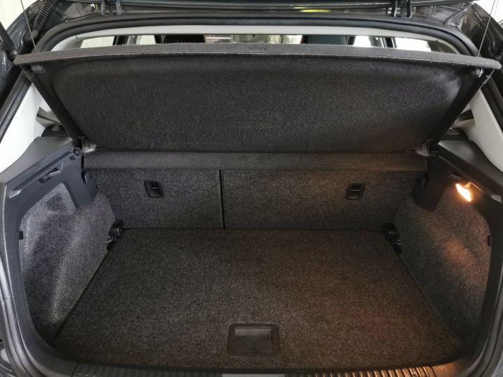 Volkswagen Polo 1.4 TDI 90 CV CONFORTLINE 5P Gris - 10