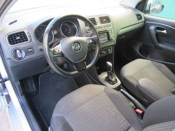 Volkswagen Polo 1.4 TDI 90CH BLUEMOTION TECHNOLOGY CONFORTLINE DSG7 GRIS Occasion - 2