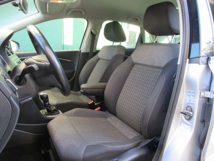 Volkswagen Polo 1.4 TDI 90CH BLUEMOTION TECHNOLOGY CONFORTLINE DSG7 GRIS Occasion - 4