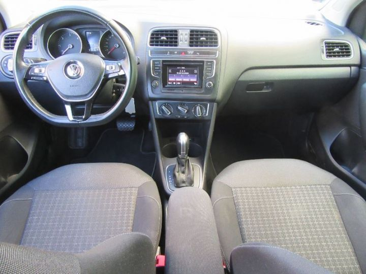 Volkswagen Polo 1.4 TDI 90CH BLUEMOTION TECHNOLOGY CONFORTLINE DSG7 GRIS Occasion - 9