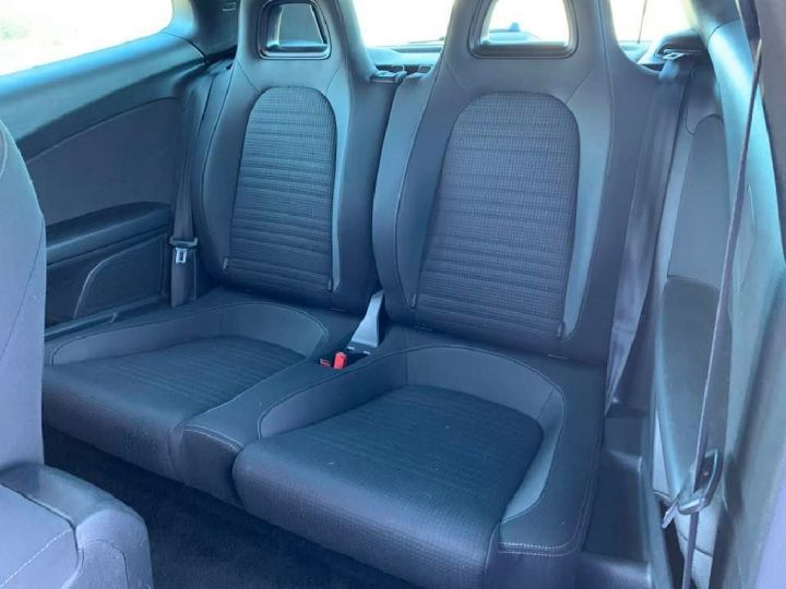 Volkswagen Scirocco 2.0 TDI 140 SPORT BLANC - 8