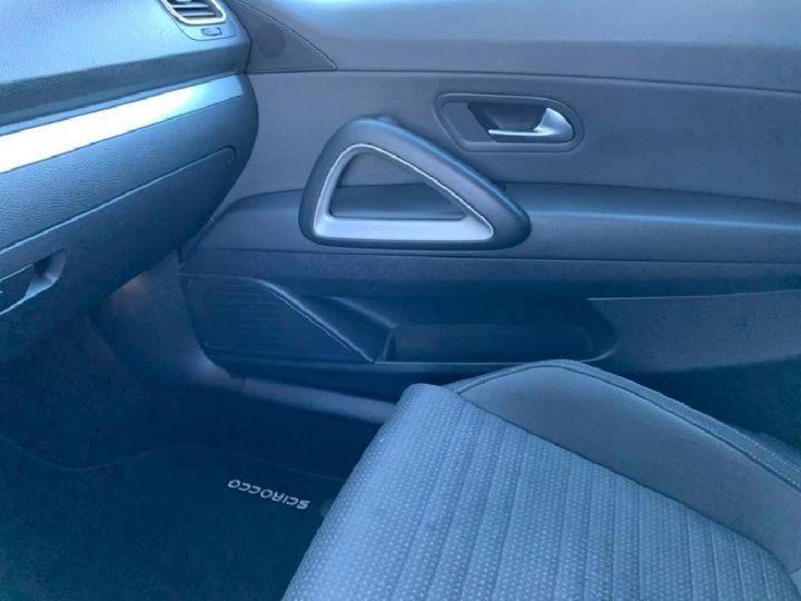 Volkswagen Scirocco 2.0 TDI 140 SPORT BLANC - 10