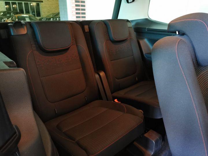 Volkswagen Sharan 2.0 TDI 150 CV SOUND DSG 7PL Gris - 10