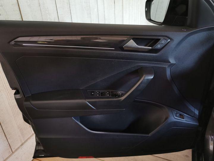 Volkswagen T-Roc 2.0 TDI 150 CV CARAT EXCLUSIVE 4MOTION DSG Gris - 8