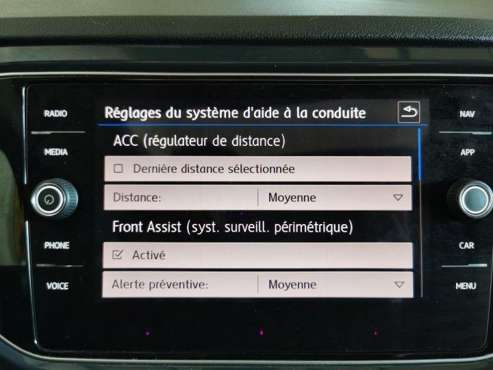 Volkswagen T-Roc 2.0 TDI 150 CV CARAT EXCLUSIVE 4MOTION DSG Gris - 13