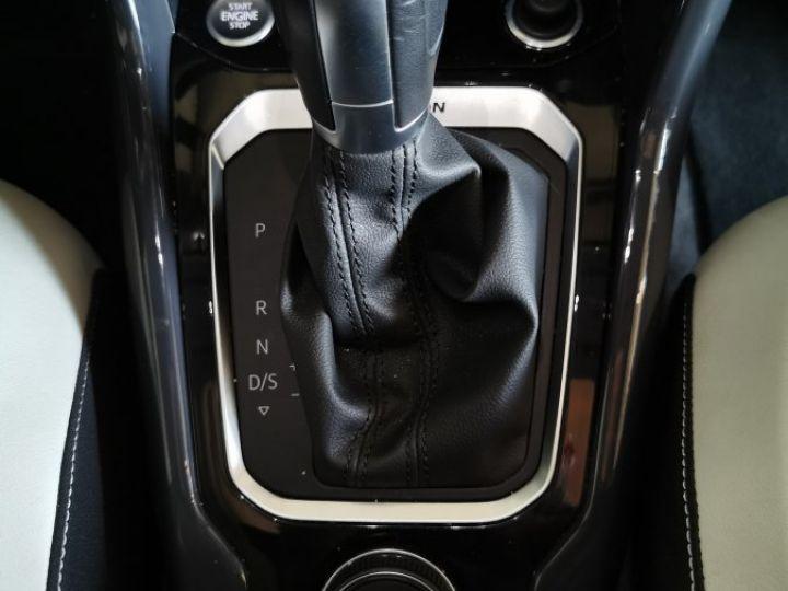 Volkswagen T-Roc 2.0 TDI 150 CV CARAT EXCLUSIVE 4MOTION DSG Gris - 15