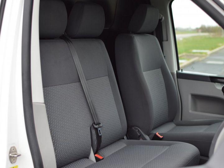 Volkswagen T5 VW TRANSPORTER T5 2.0 TDI 102CH 1ère main CLIM ENTRETIEN EXCLU. VW TVA RÈCUP BLANC - 14