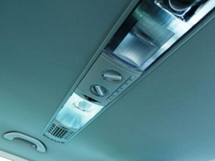 Volkswagen T6 T6 Multivan 2.0 TSI 6-Gang / GPS / CAMERA / AIDE AU STATIONNEMENT  Noir métallisée  - 13