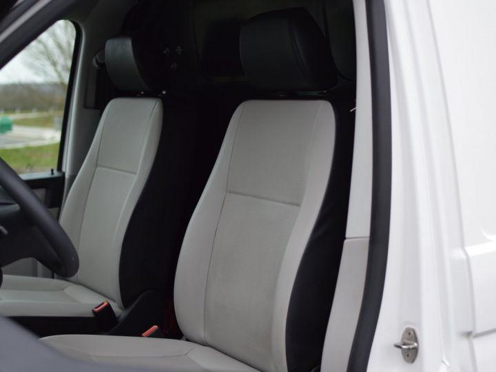 Volkswagen T6 VW TRANSPORTER T6 2.0 TDI 102CH 1ère main CLIM RADAR BLUETOOTH PARFAIT ÉTAT TVA RÈCUP BLANC - 13