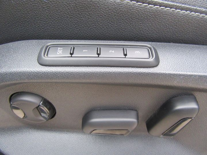 Volkswagen Tiguan 2.0 BI-TDI 240CH CARAT EXCLUSIVE 4MOTION DSG7 Noir Occasion - 18