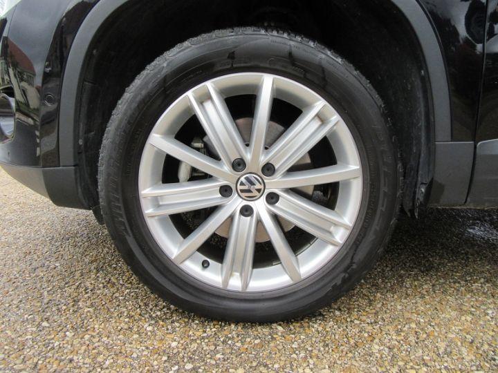 Volkswagen Tiguan 2.0 TDI 140CH FAP CARAT 4MOTION TIPTRONIC Noir Occasion - 11