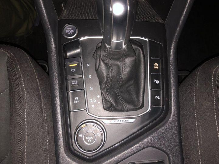 Volkswagen Tiguan 2.0  TDI 150 CV CARAT 4MOTION DSG Gris - 11