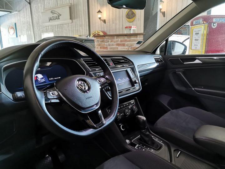 Volkswagen Tiguan 2.0 TDI 150 CV CARAT DSG Gris - 5