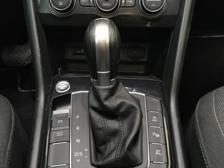 Volkswagen Tiguan 2.0 TDi 150 CV CARAT DSG Noir - 10