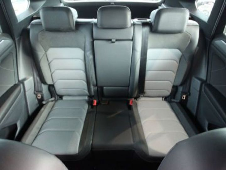 Volkswagen Tiguan 2.0 TDI 4MOTION NOIR Occasion - 14