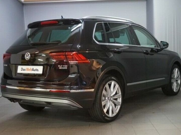 Volkswagen Tiguan 2.0 Tdi DSG Highline 4Motion Noir - 2