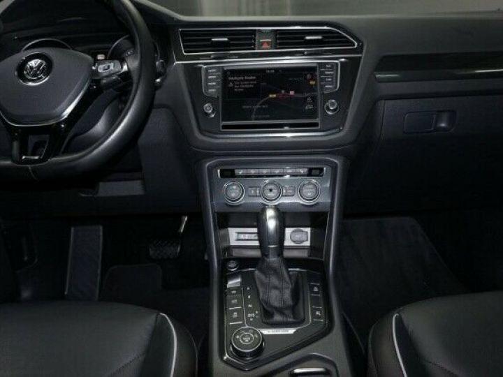 Volkswagen Tiguan 2.0 Tdi DSG Highline 4Motion Noir - 9