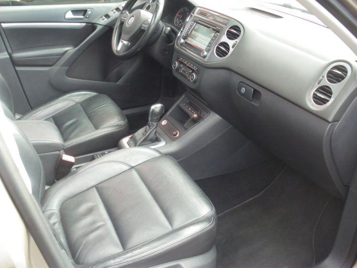 Volkswagen Tiguan 2 LITRES TDI 140 CV CARAT 4 MOTION DSG gris - 7
